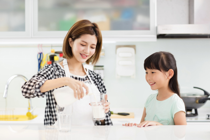 Helpful Tips to Get Your Child to Drink Milk